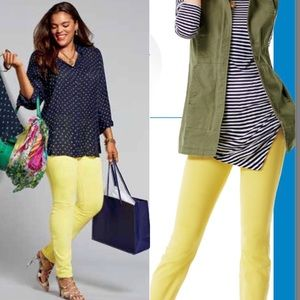 CAbi 5092 Citron Curvy Skinny Jean Size 10